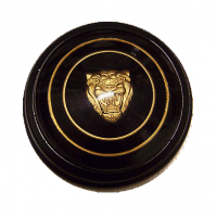 Classic Jaguar Horn Push Badge